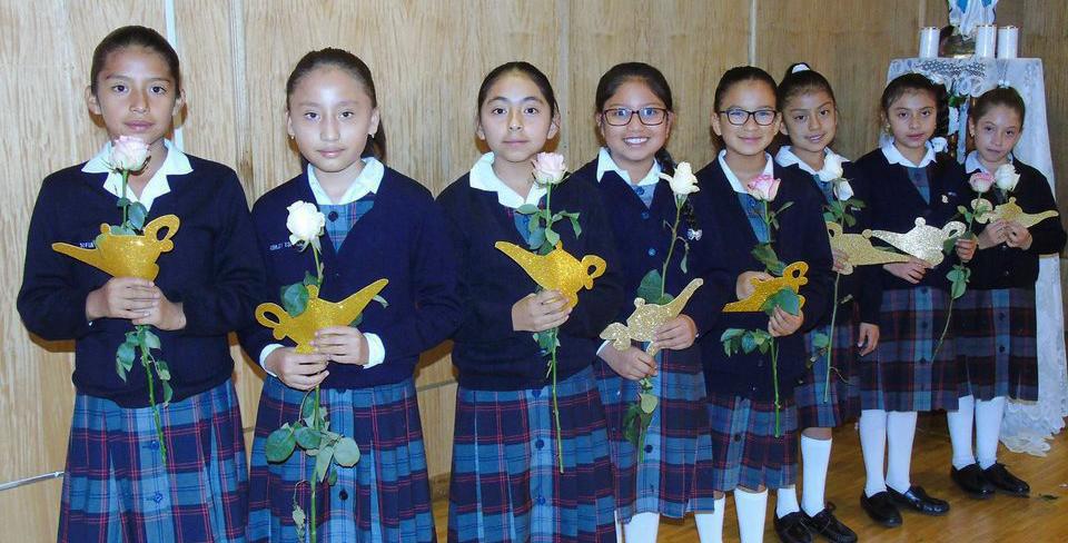 Estudiantes Bethlemitas Quito